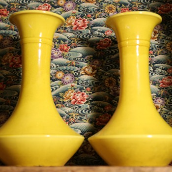 Two Large Yellow Awaji Vases - Pottery