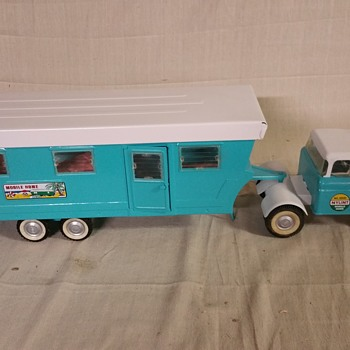 Nylint Travel Trailer  - Toys