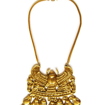 Vintage Accessocraft N.Y.C. Gold Egyptian Winged Scarab Necklace - Costume Jewelry