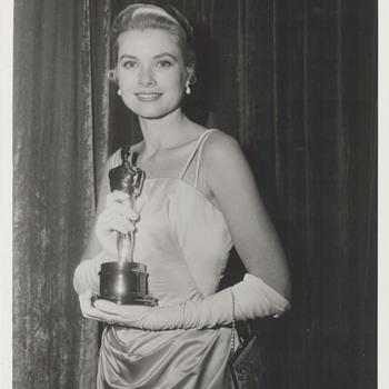 Grace Kelly Academy Award Candid Photo (1955)  - Photographs