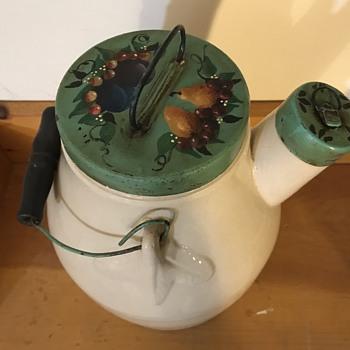 Stoneware Batter Jug, Late 19th century - China and Dinnerware