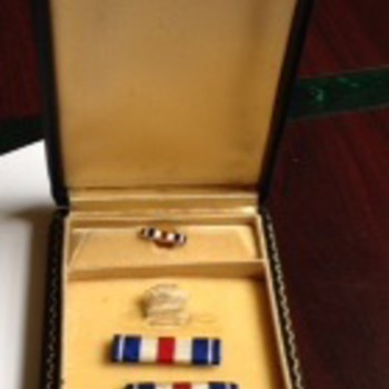 WWII Coffin box Silver Star medal