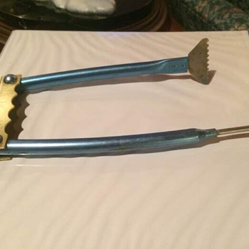 Unknown and unusual tool (maybe) -- Please help identify! - Tools and Hardware