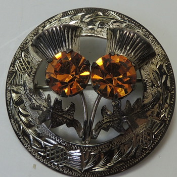 Scottish Brooch - Cairngorm Stones - Glasgow 1954 Ward Brothers - Fine Jewelry