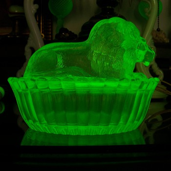 Westmoreland/Summit Vaseline Glass Lion Covered Dish - Glassware