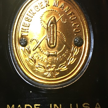 Part #5 Singer badges - Misc - Advertising