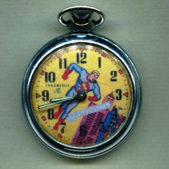 Marvelman Pocket watch and club badges / pinbacks - Comic Books