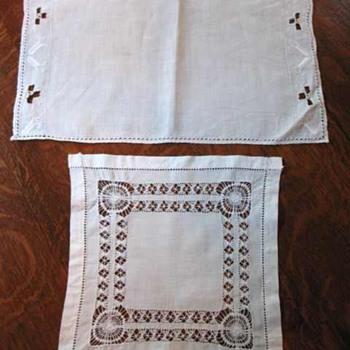 Vintage doilies/table scarves