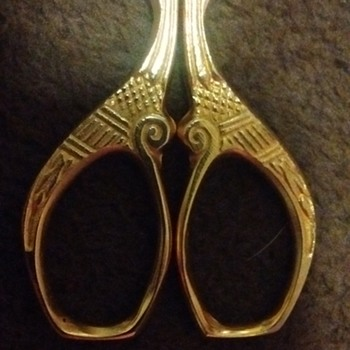Antique embroidery scissors ?