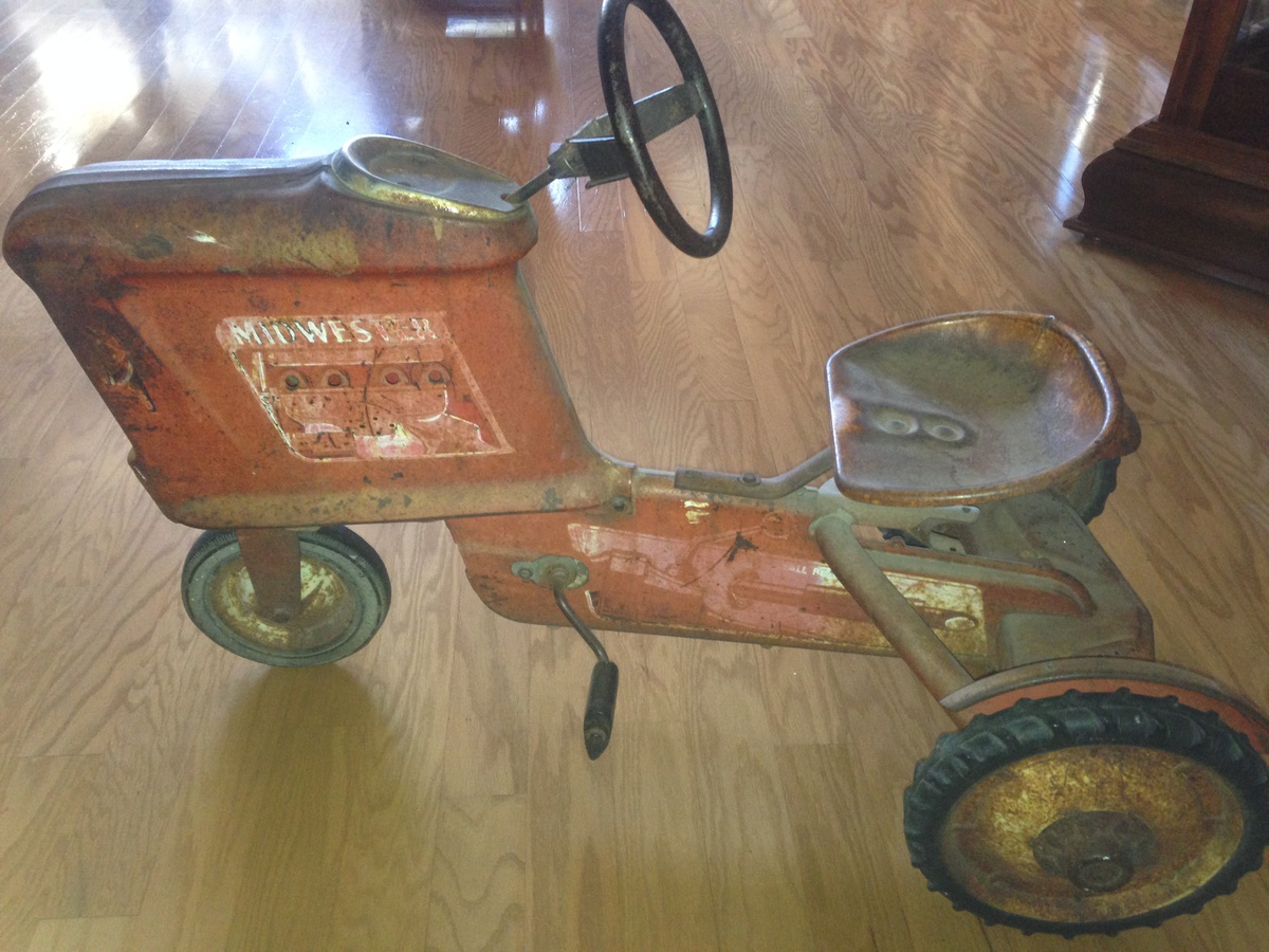 Tractor Pedal Car Parts : Midwestern pedal tractor collectors weekly