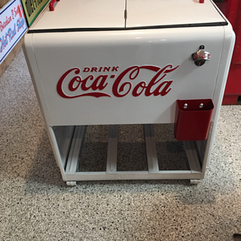 1930's Coca-Cola Westinghouse Standard  Ice Chest Cooler - Coca-Cola
