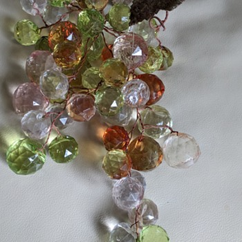 Super nice grape clusters but what plastic are they? - Mid-Century Modern