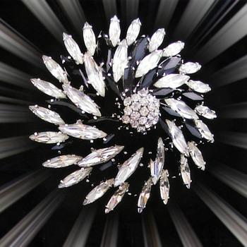 Black Hematite Pinwheel design Hematite Brooch - Art Deco