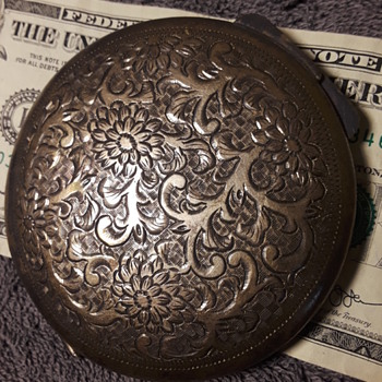 old silver compact case - Accessories