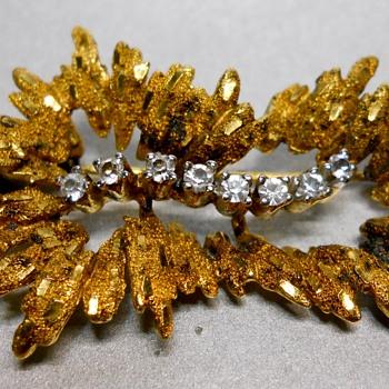 Victorian Gold&Diamond Brooch - Fine Jewelry