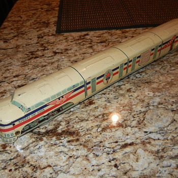 NEED HELP, 18 INCH ELENEF TOYS TIN TOY TRAIN CANT FIND ANYWHERE - Model Trains