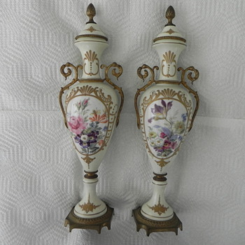 French Gilt-Bronze and Porcelain Urns - Pottery