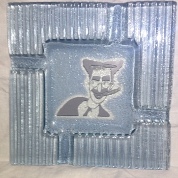 Groucho Marx - Ashtray - Wondering about Glass Maker and Year Please - Tobacciana