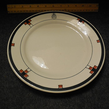 Buffalo China Roycroft Renaissance Pattern Plate - China and Dinnerware