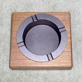 "2002 - ""Marlboro"" Wood Block Pewter Ashtray - Tobacciana"