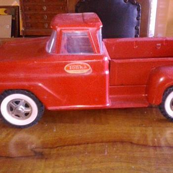 Tonka Truck - Toys