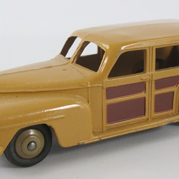 Dinky Plymouth Wagon - Model Cars