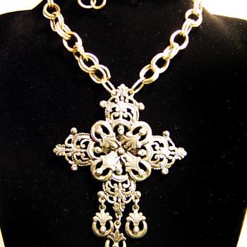 Vintage Florenza Filigree Cross Necklace - Costume Jewelry