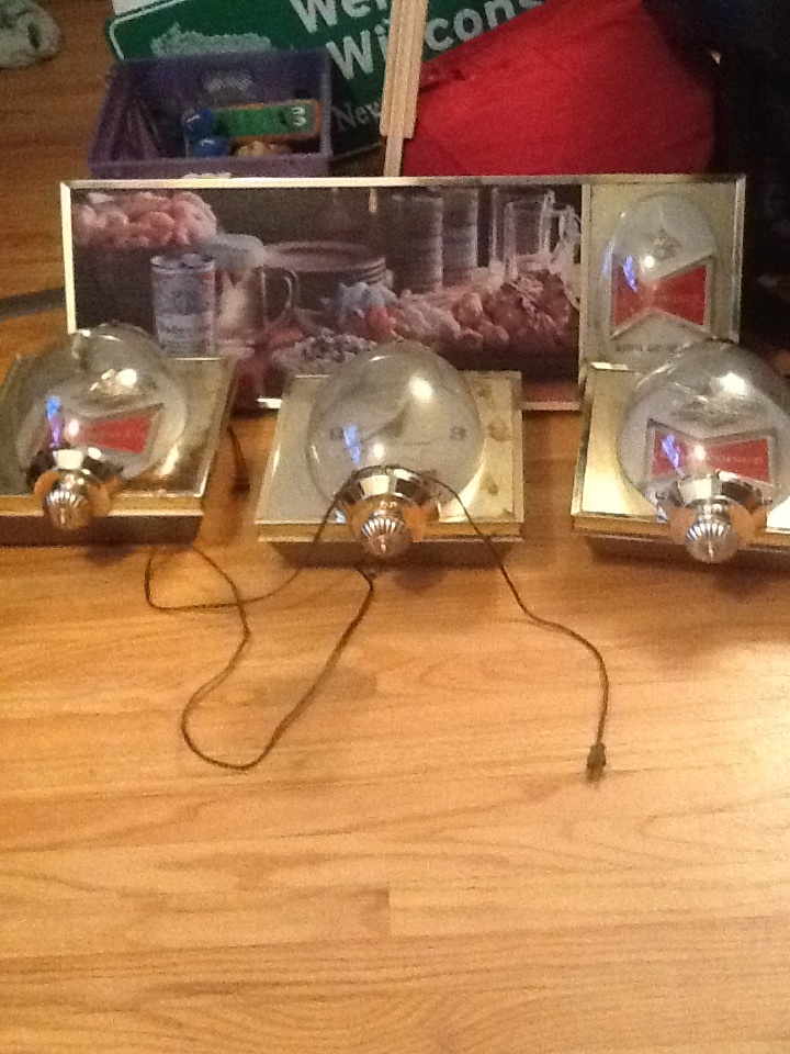 Vintage Budweiser Sign Clock Wall Lights Collectors Weekly