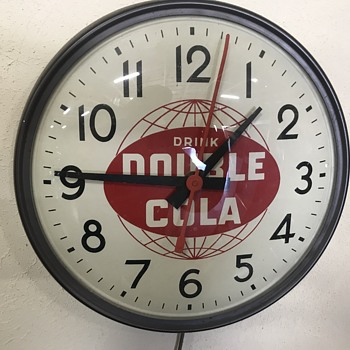 Double cola clock  - Advertising