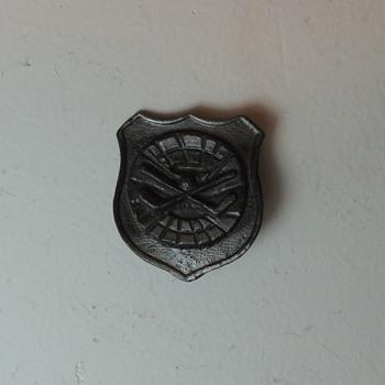 Old Hockey Pin