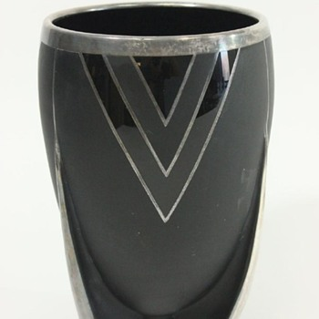 The Rocket Vase - USA Duncan & Miller Glass, Glossy Mat Black With Silver Overlay - Art Glass