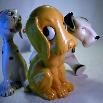 ART DECO GERMAN/CZECH DOG CERAMICS - Art Deco
