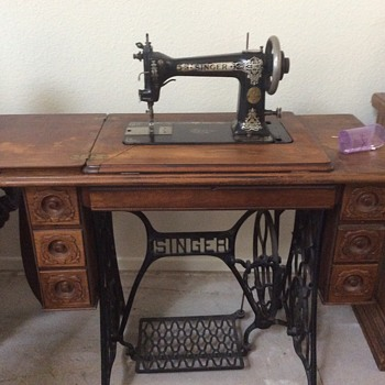 Old Singer Sewing Machine Collectors Weekly Cool Value Of Singer Sewing Machines