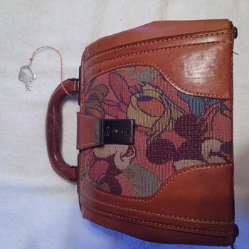 vintage fiona disney purse - Accessories