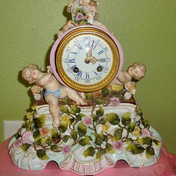 Dresden or Meissen antique porcelain clock - Clocks