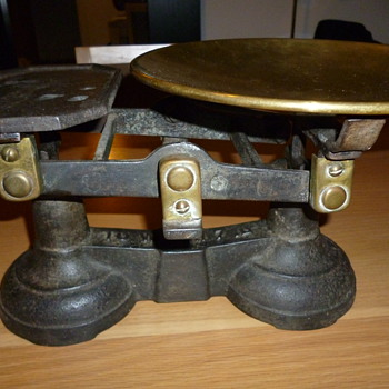 Welch Scales and weights