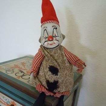 Old Musical Clown. Circa????? - Dolls