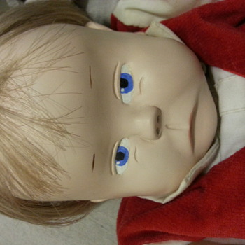 """Help identify doll """"Laura 81"""" is signed on the neck a handmade doll  - Dolls"""