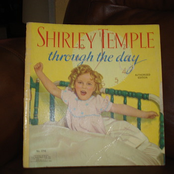 1936 SHIRLEY TEMPLE TROUGH THE DAY - Books