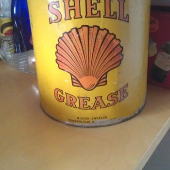 Old Shell Grease Can