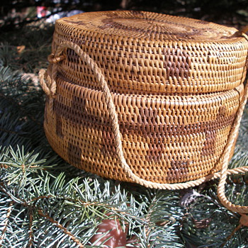 Native American Basket with lid - Native American