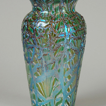 RARE DURAND MOORISH CRACKLE VASE - Art Glass