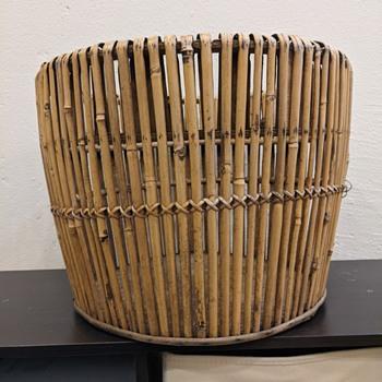 Old bamboo basket - Furniture