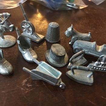 Old Monopoly Pieces  - Games