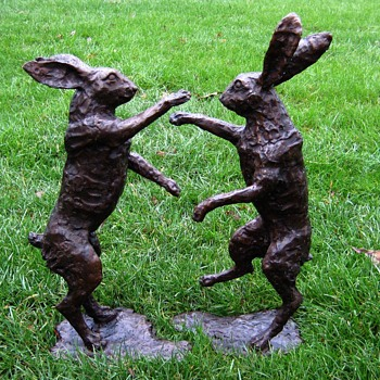 Lifesize Bronze Boxing Hares (Signed) - Animals