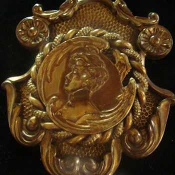 Unknown Medal - Costume Jewelry