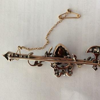 Diamond and pearl brooch and kilt pin