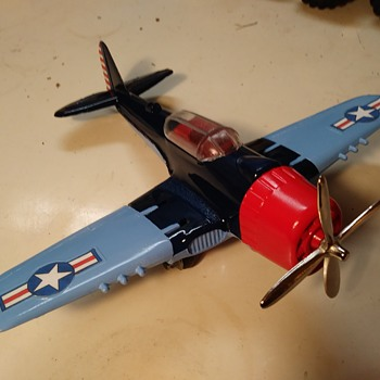 Hubley #495 Airplane - Toys