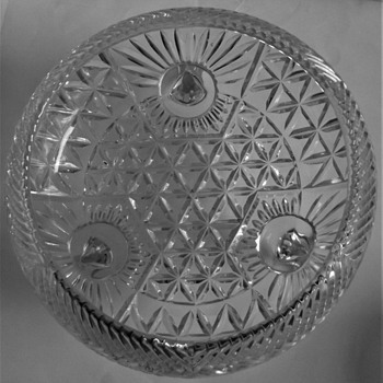 Round pressed glass footed - Glassware