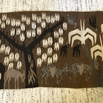 Any ideas about this rug?